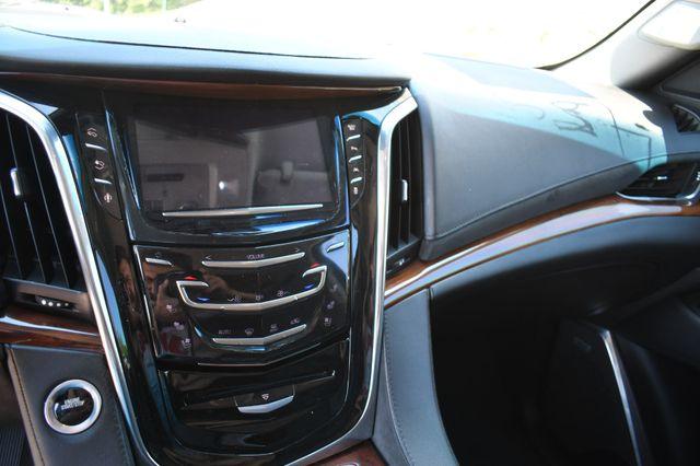 2016 Cadillac Escalade ESV Luxury Collection Naugatuck, Connecticut 23