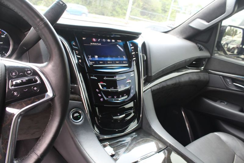 2016 Cadillac Escalade Platinum  city MD  South County Public Auto Auction  in Harwood, MD