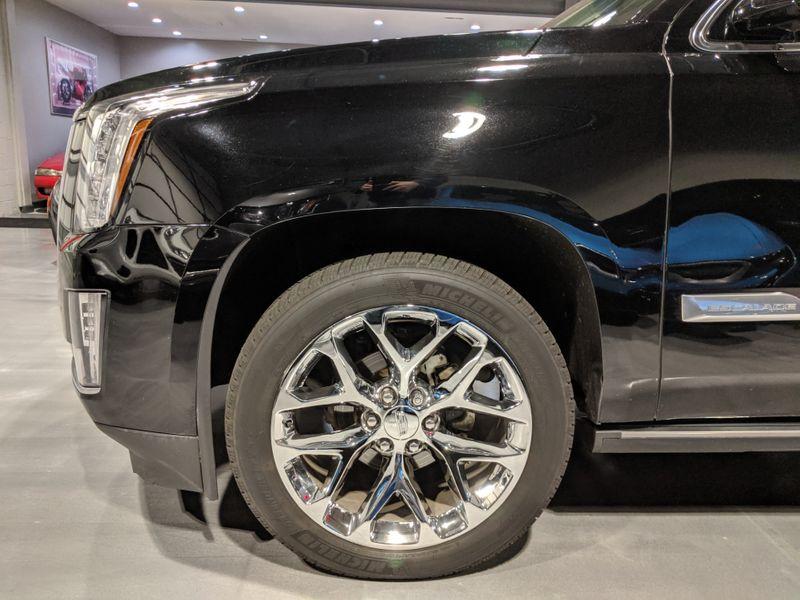 2016 Cadillac Escalade Premium  Lake Forest IL  Executive Motor Carz  in Lake Forest, IL