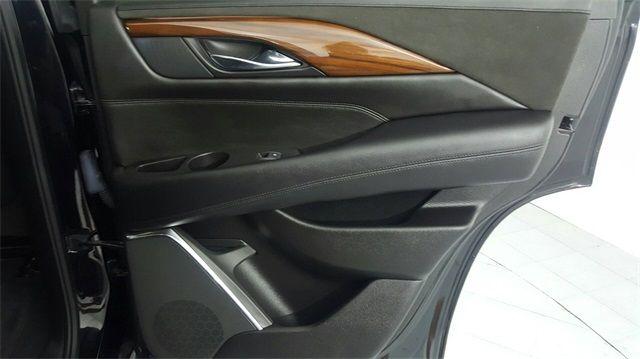 2016 Cadillac Escalade Luxury in McKinney Texas, 75070