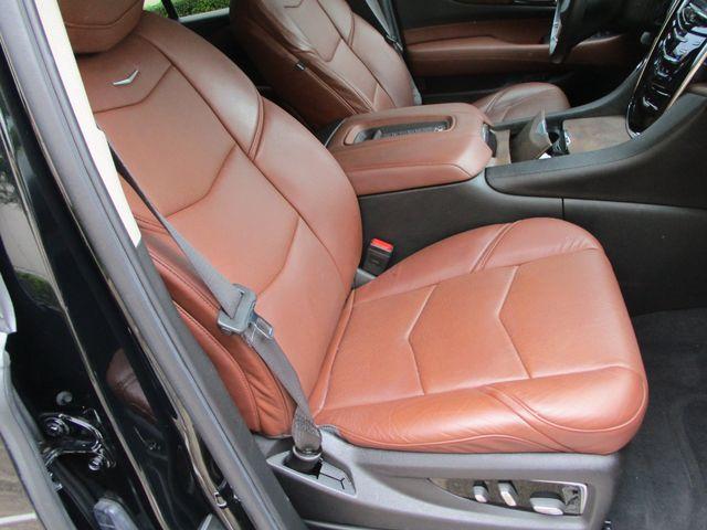 2016 Cadillac Escalade Luxury Collection in Plano Texas, 75074