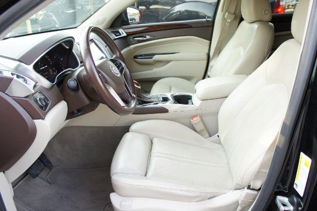 2016 Cadillac SRX Luxury Collection in San Antonio, TX 78233