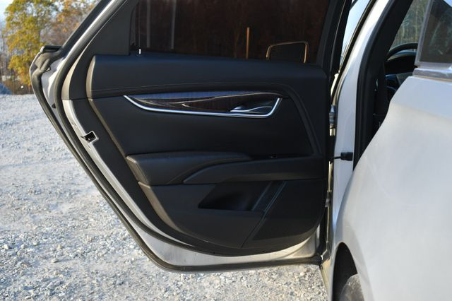 2016 Cadillac XTS Luxury Collection Naugatuck, Connecticut 5
