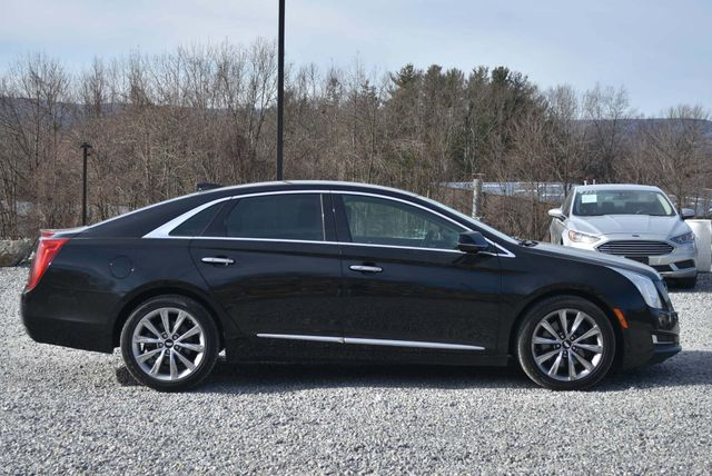 2016 Cadillac XTS Professional Livery Package Naugatuck, Connecticut 5