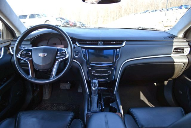 2016 Cadillac XTS Professional Livery Package Naugatuck, Connecticut 16