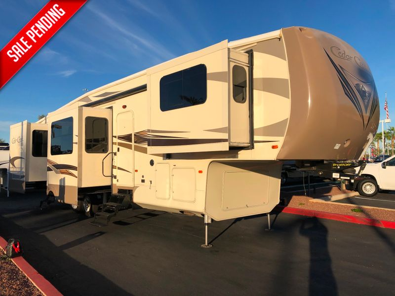 2016 Cedar Creek 38FL6   in Avondale AZ