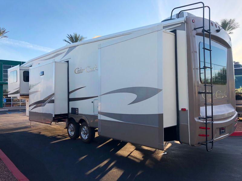 2016 Cedar Creek 38FL6   in Avondale, AZ