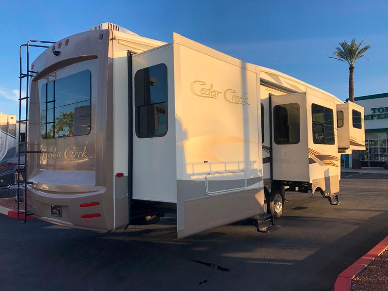 2016 Cedar Creek 38FL6   in Avondale, AZ