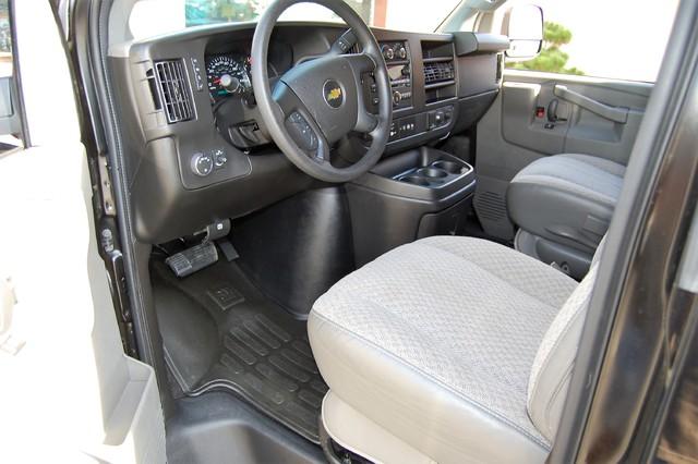2016 Chevrolet 15 Pass LT Charlotte, North Carolina 4