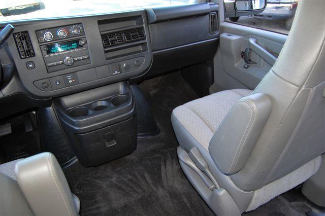 2016 Chevrolet 15 Pass. LT Charlotte, North Carolina 12