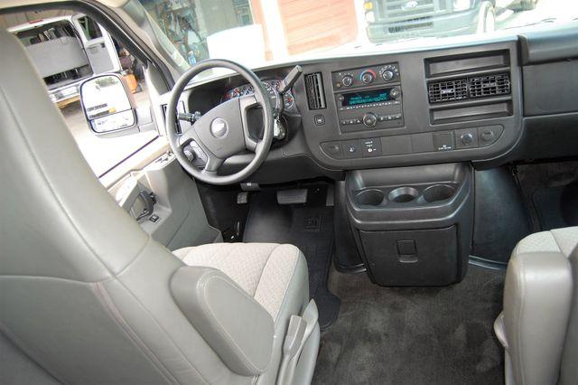 2016 Chevrolet 15 Pass. LT Charlotte, North Carolina 14