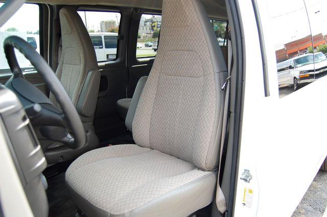 2016 Chevrolet 15 Pass. LT Charlotte, North Carolina 5