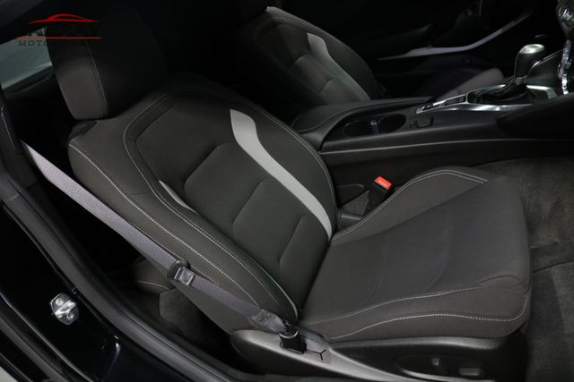 2016 Chevrolet Camaro LT Merrillville, Indiana 14