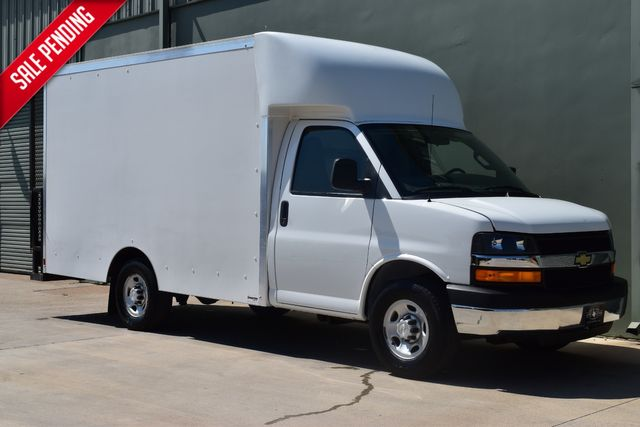 2016 Chevrolet Express 3500 Cutaway Cargo Van | Arlington, TX | Lone Star Auto Brokers, LLC-[ 4 ]