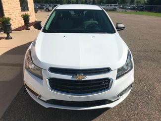 2016 Chevrolet Cruz LS Farmington, MN 3