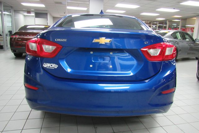 2016 Chevrolet Cruze LT W/ BACK UP CAM Chicago, Illinois 8