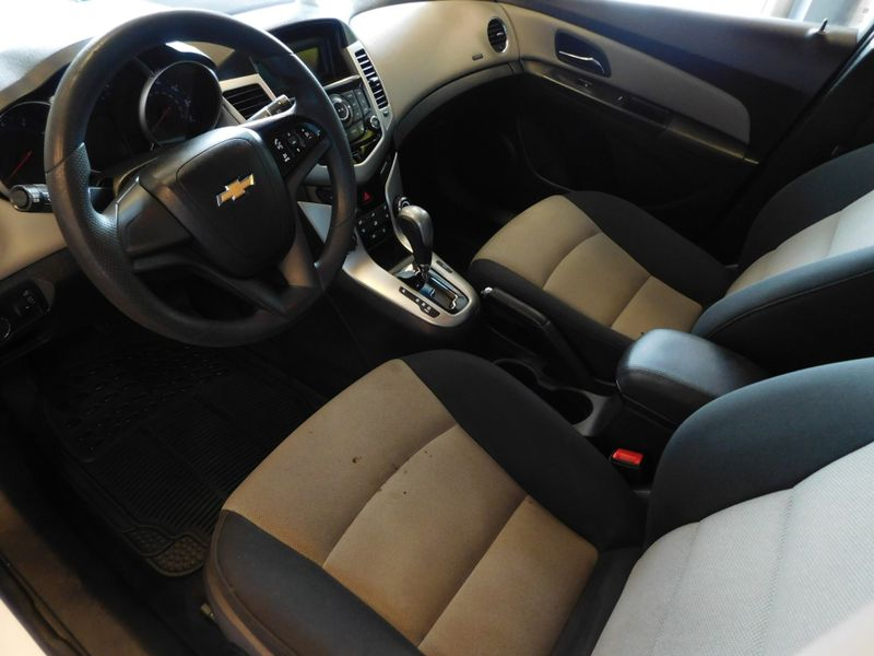 2016 Chevrolet Cruze Limited LS  city TN  Doug Justus Auto Center Inc  in Airport Motor Mile ( Metro Knoxville ), TN