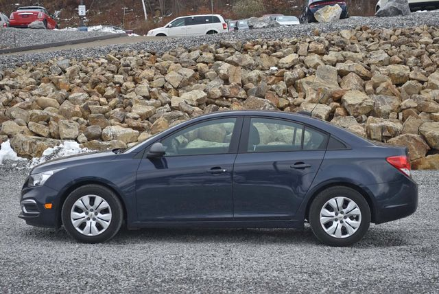 2016 Chevrolet Cruze Limited LS Naugatuck, Connecticut 1