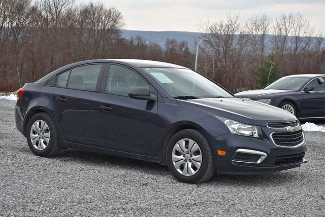 2016 Chevrolet Cruze Limited LS Naugatuck, Connecticut 6