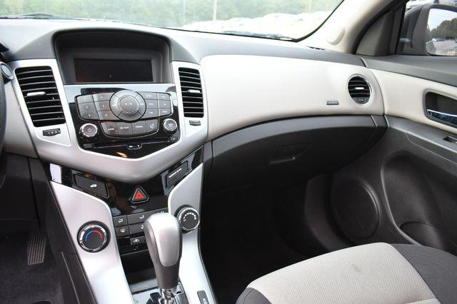 2016 Chevrolet Cruze Limited LS Naugatuck, Connecticut 17