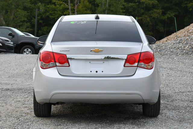 2016 Chevrolet Cruze Limited LS Naugatuck, Connecticut 3