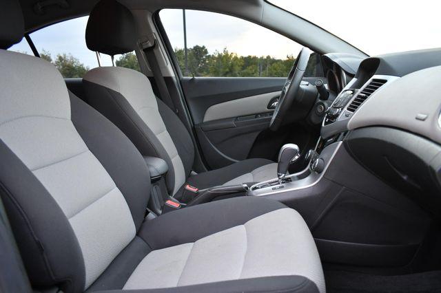 2016 Chevrolet Cruze Limited LS Naugatuck, Connecticut 8