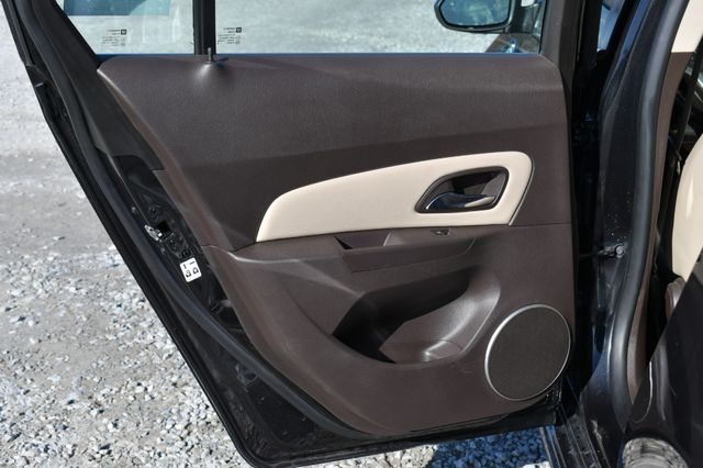 2016 Chevrolet Cruze Limited LTZ Naugatuck, Connecticut 4
