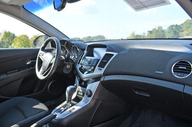 2016 Chevrolet Cruze Limited LT Naugatuck, Connecticut 8