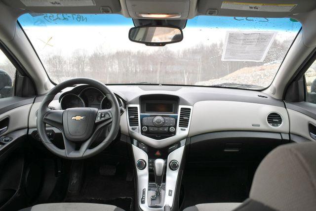 2016 Chevrolet Cruze Limited LS Naugatuck, Connecticut 14