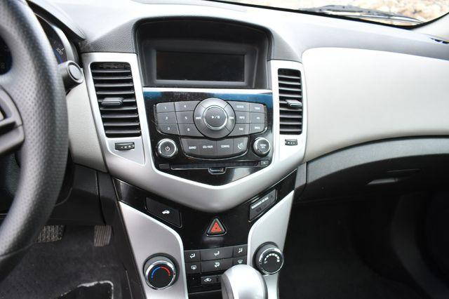 2016 Chevrolet Cruze Limited LS Naugatuck, Connecticut 18