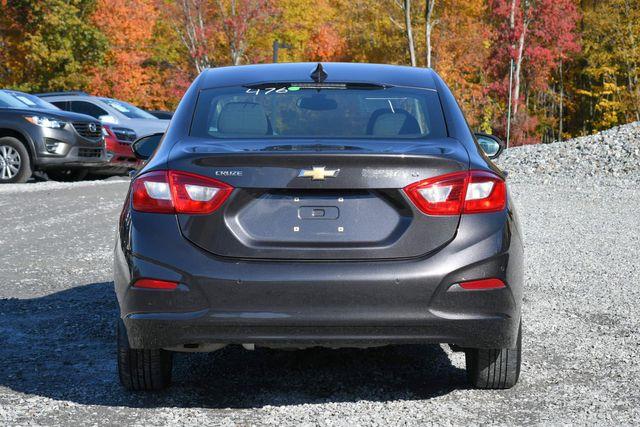 2016 Chevrolet Cruze LT Naugatuck, Connecticut 3