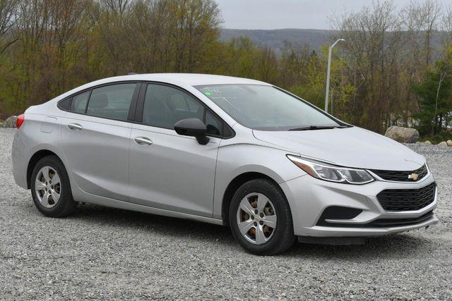 2016 Chevrolet Cruze LS Naugatuck, Connecticut 6