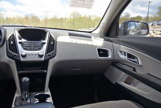 2016 Chevrolet Equinox LT Naugatuck, Connecticut 14