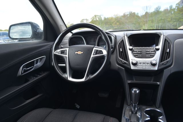 2016 Chevrolet Equinox LT Naugatuck, Connecticut 11