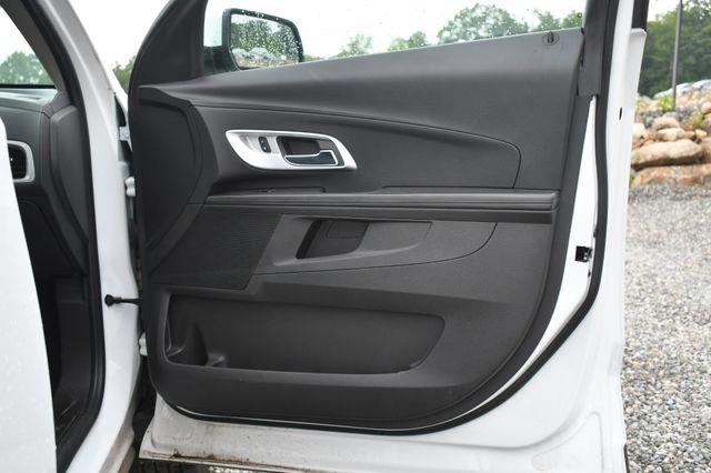2016 Chevrolet Equinox LT Naugatuck, Connecticut 10