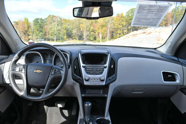 2016 Chevrolet Equinox LS Naugatuck, Connecticut 14