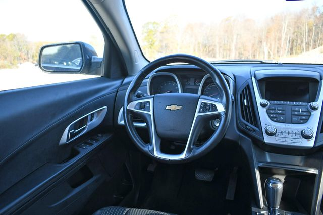2016 Chevrolet Equinox LT Naugatuck, Connecticut 14
