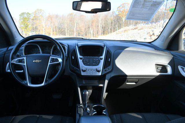 2016 Chevrolet Equinox LT Naugatuck, Connecticut 15