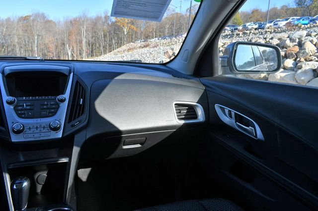 2016 Chevrolet Equinox LT Naugatuck, Connecticut 16