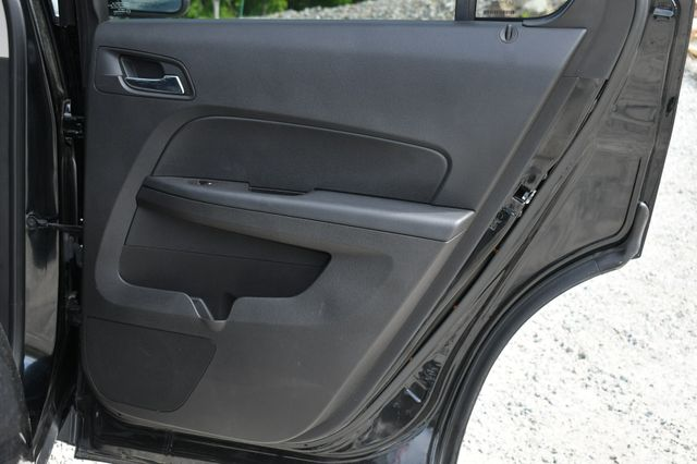 2016 Chevrolet Equinox LTZ AWD Naugatuck, Connecticut 13