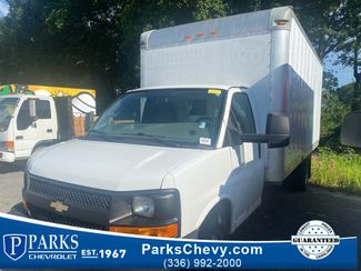 2016 Chevrolet Express Commercial Cutaway Work Van in Kernersville, NC 27284
