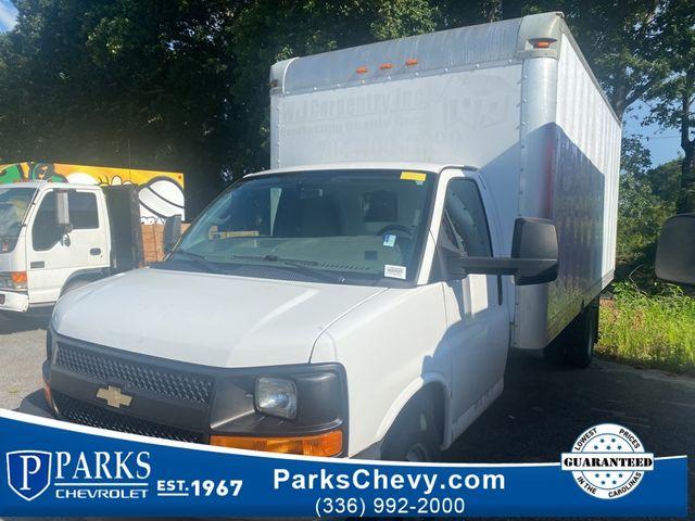 2016 Chevrolet Express Commercial Cutaway Work Van