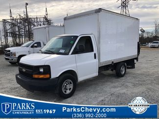 2016 Chevrolet Express Commercial Cutaway Work Van in Kernersville, NC 27284