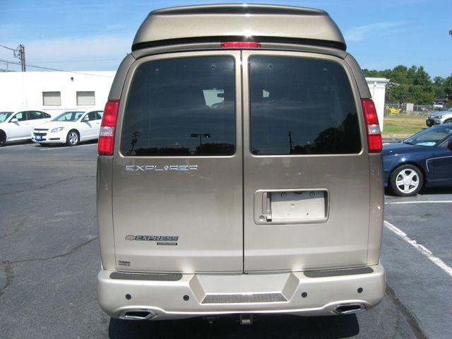 2016 Chevrolet Express Passenger Van Conversion Richmond, Virginia 6