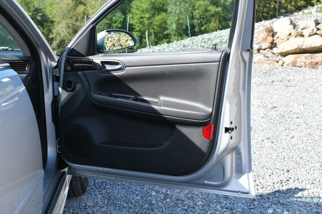 2016 Chevrolet Impala Limited LS Naugatuck, Connecticut 10