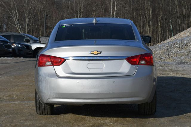 2016 Chevrolet Impala LT Naugatuck, Connecticut 3