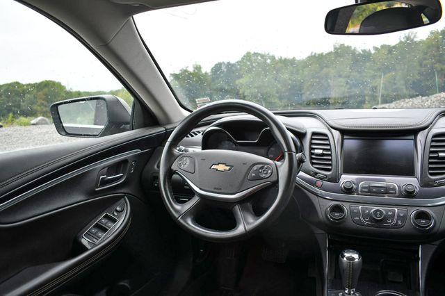 2016 Chevrolet Impala LT Naugatuck, Connecticut 15