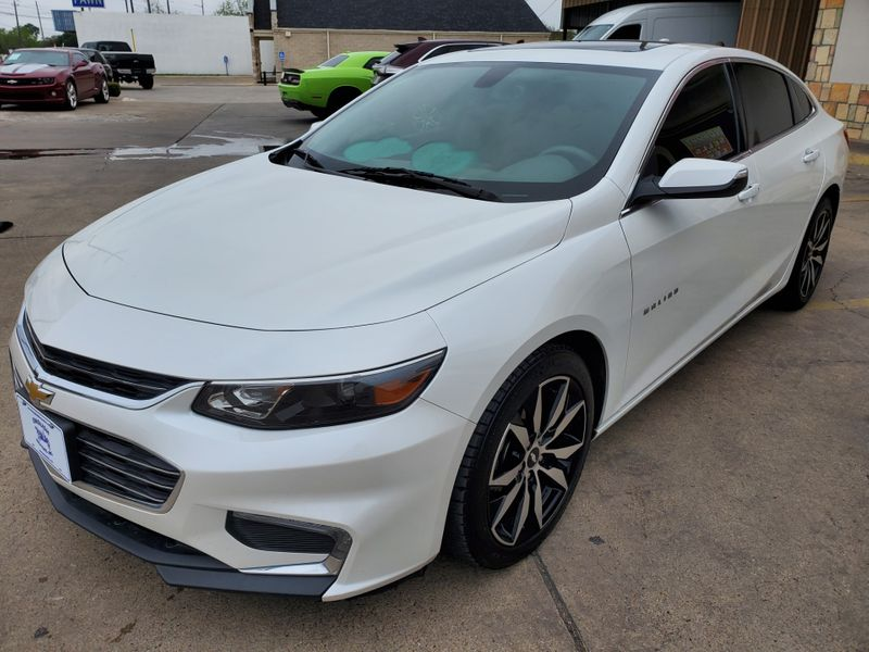 2016 Chevrolet Malibu LT  Brownsville TX  English Motors  in Brownsville, TX