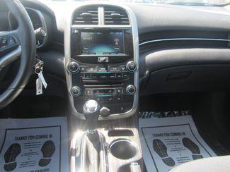 2016 Chevrolet Malibu Limited LT Batesville, Mississippi 22