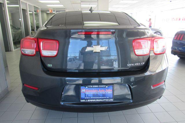2016 Chevrolet Malibu Limited LT Chicago, Illinois 4